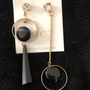 """Jewelry - Gold and black """"Mismatched"""" EARRINGS LOVE THESE!"""